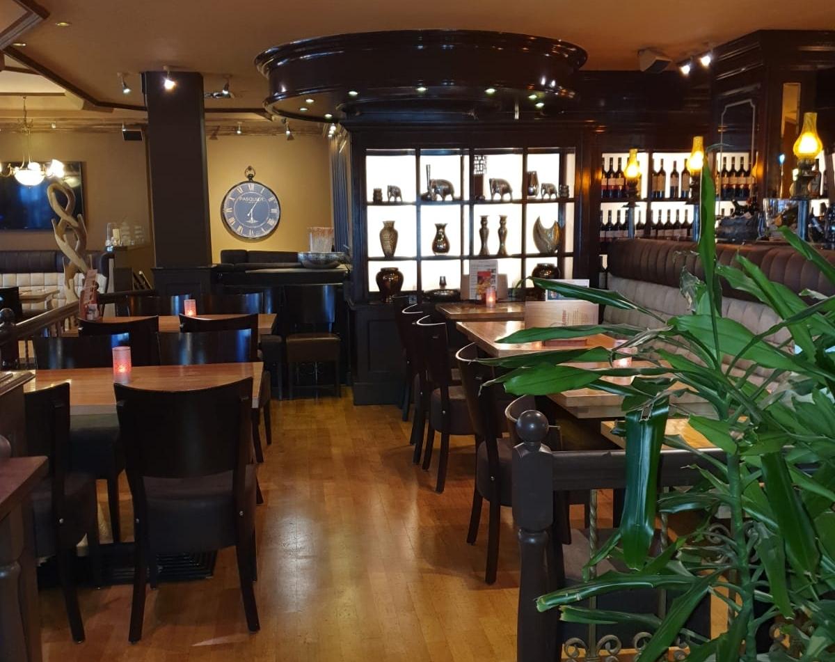 Eckstein Restaurant Eimsbüttel Burger Steaks Fisch gemütliche Sitzplätze