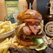 Eckstein-Restaurant-Eimsbüttel-Burger-Steaks-Fisch-Black-Angus-Burger